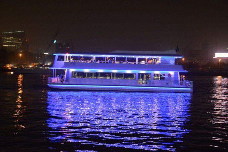 book-dubai-canal-cruise-best-offers-in-dubai