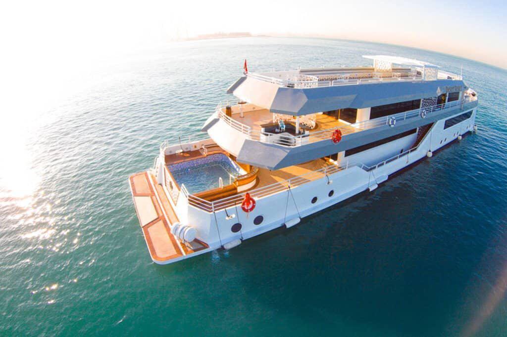 book-dhow-cruise-marina-best-offers-in-dubai