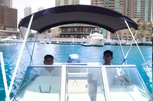 book-luxury-yachts-in-dubai